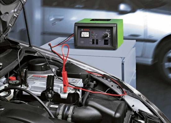 на время зарядки АКБ влияет способ зарядки