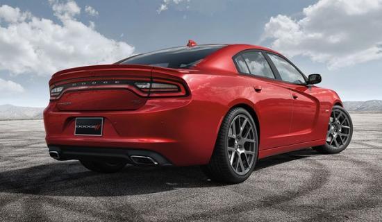 Dodge Charger - экспрессивная модель