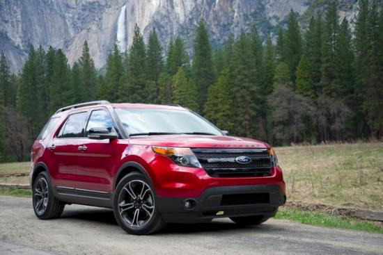 Не такой верткий, как Range Rover, но напора у него побольше