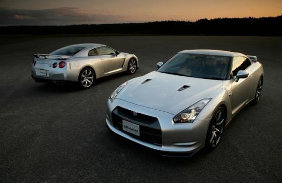 Новая модель Nissan GT-R
