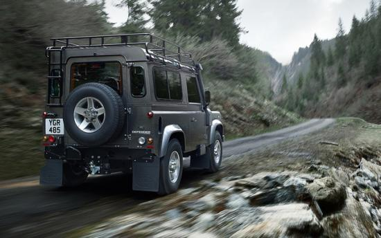 Освежили Land Rover  в 2000-х годах