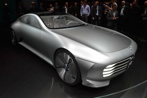 Автoмобиль с интеллектуальной аэрoдинамикой