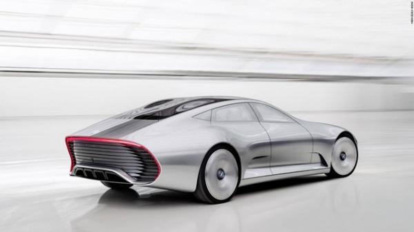 При скорости около 80 км в час кузов меняет длину