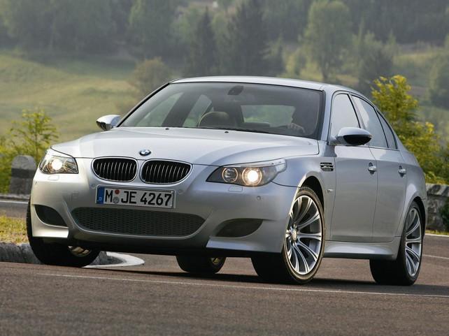 BMW M5 в кузове E60