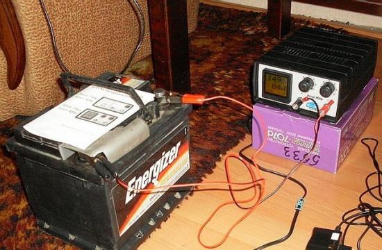 Зарядные устройство с ручной регулировкой параметров
