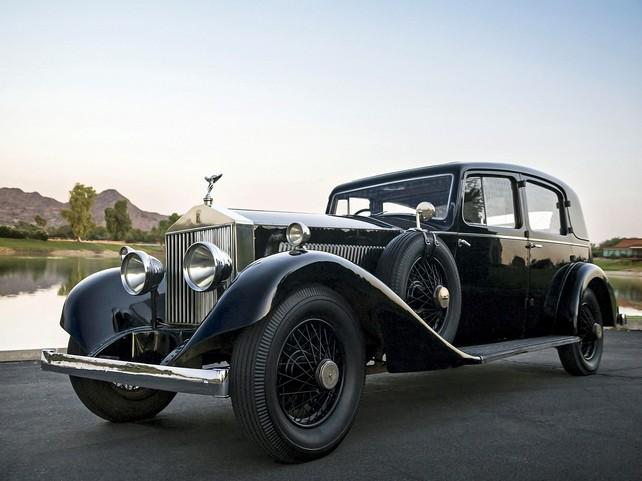 Самый первый Rolls-Royce Phantom выпустили еще в 1925 году