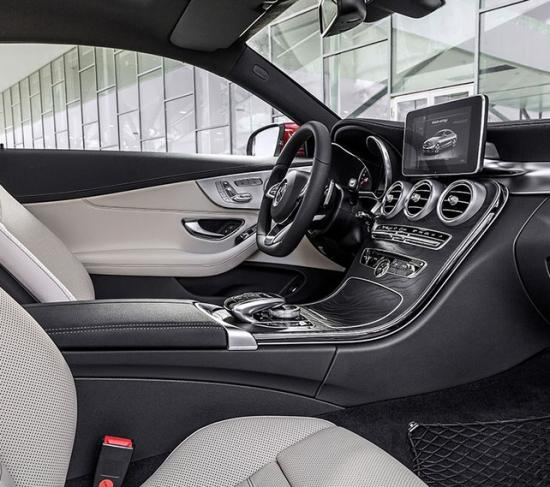 Салон нового купе С-класса