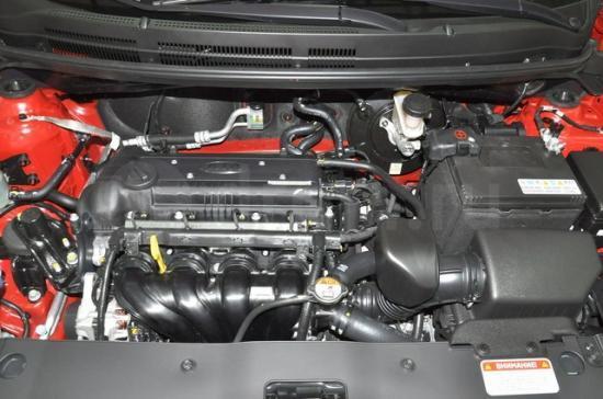 Бензиновый мотор объёмом 1250 кубов и мощностью 85 сил