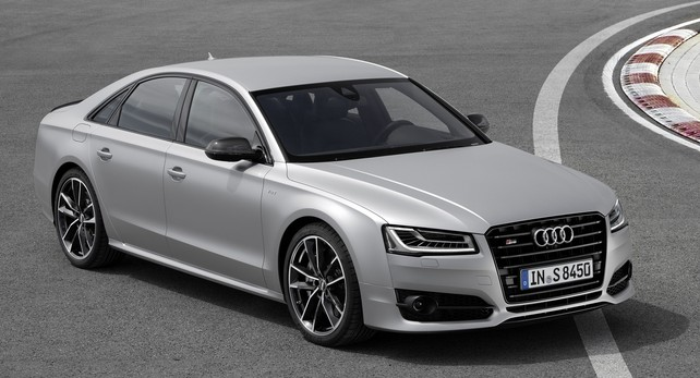 Только головная оптика Audi A8 стоит столько, сколько Лада ИксРей