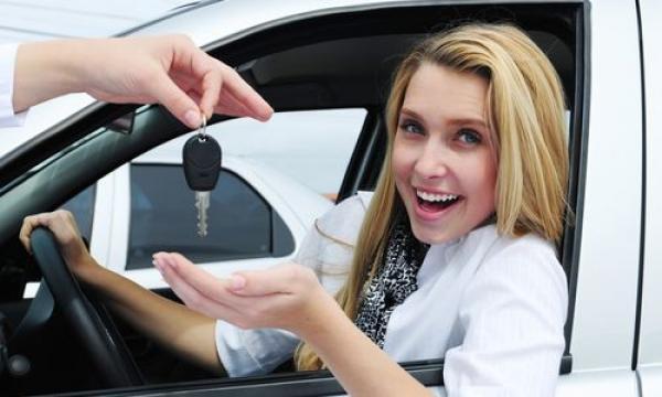 женщина за рулём - это красиво